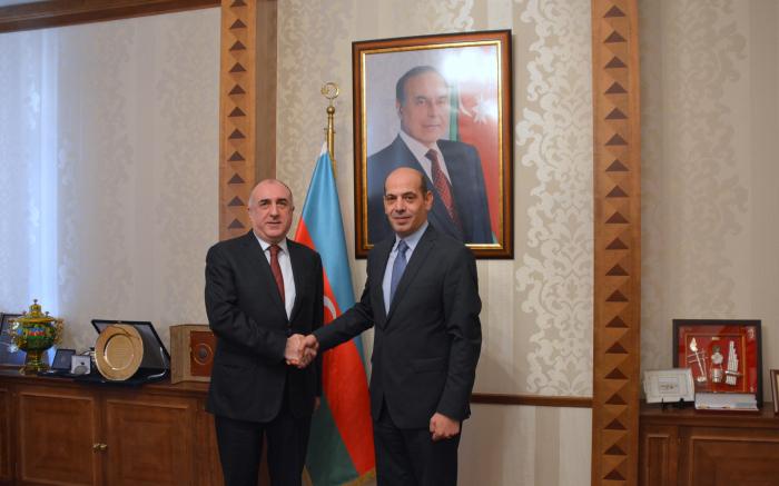 محمدياروف يجتمع مع السفير الأردني الجديد