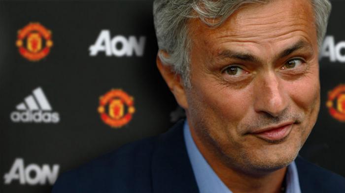 Football:   José Mourinho nommé entraineur de Tottenham