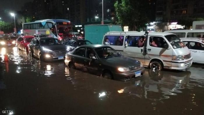 """مصر.. """"الأرصاد"""" تحذر من موجة أمطار جديدة"""