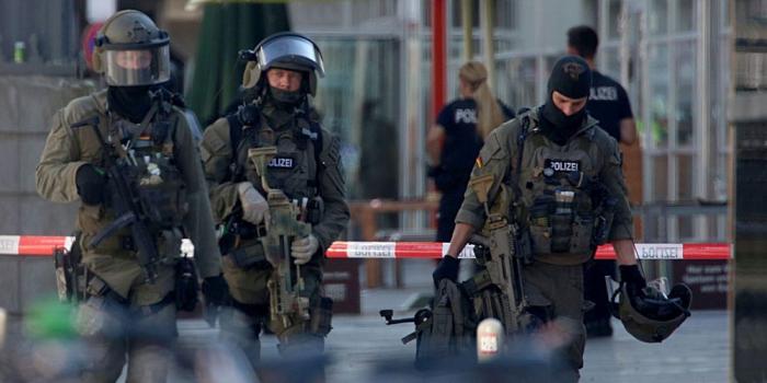 Allemagne: 9 membres présumés de l