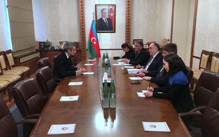 Azerbaijani FM meets with new French ambassador