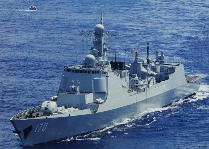 Deux navires américains en mer de Chine