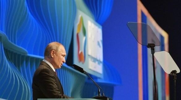 بوتين يهاجم العقوبات السياسية