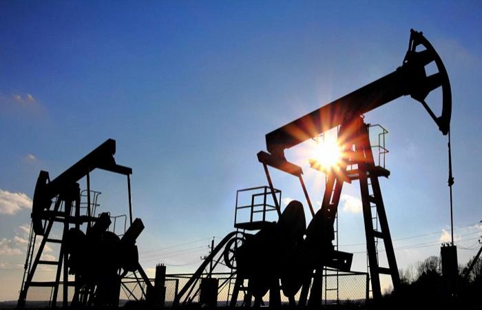 Les cours du pétrole ont poursuivi leur baisse sur les bourses
