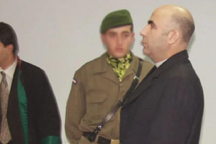Məşhur mafiya lideri qızı ilə birlikdə tutuldu