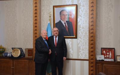 وزير الخارجية يلتقي بالممثل السامي للأمم المتحدة
