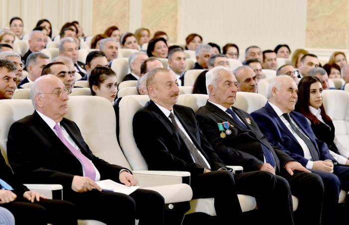 Prezidentin Sumqayıtda iştirak etdiyi tədbirdən FOTOLAR