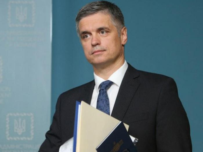 وزير الخارجية الأوكراني يزور أذربيجان