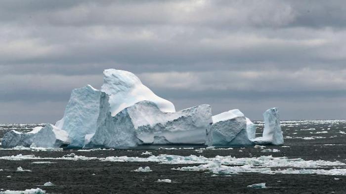 Flugzeug verschwindet auf Antarktis-Flug