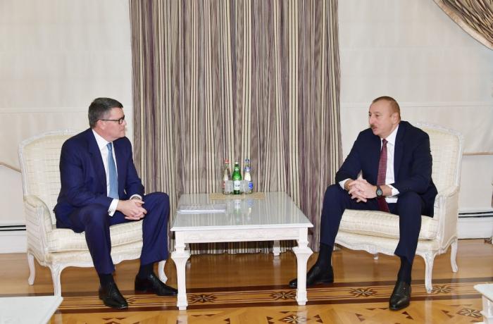 Ilham Aliyev reçoit une délégation de CISCO