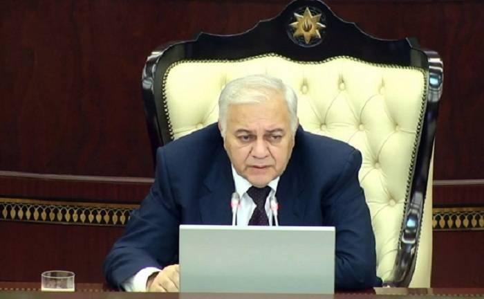 """Ogtay Asadov:   """"La renovación del parlamento es necesaria"""""""