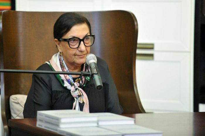 Dilara Seyidzade awarded personal presidential pension