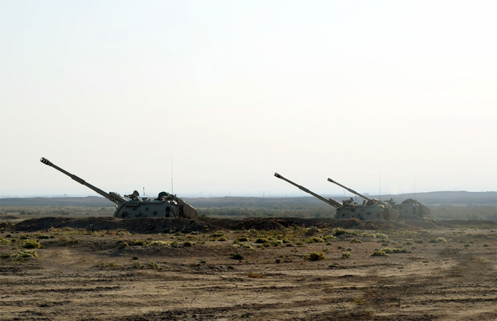 Azerbaijan's rocket, artillery units launch tactical exercises -  VIDEO