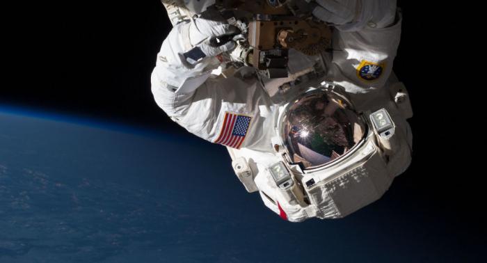 ISS-Astronauten der Expedition 61 unternehmen Weltraumspaziergang