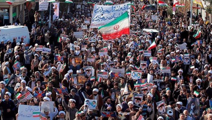 Émeutes en Iran:   le bilan dépasse les 200 morts selon Amnesty International
