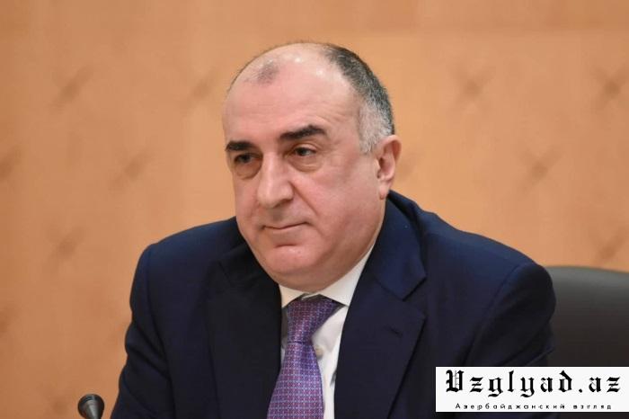 Mammadyarov  : Rusia usa activamente Bakú-Tbilisi-Kars