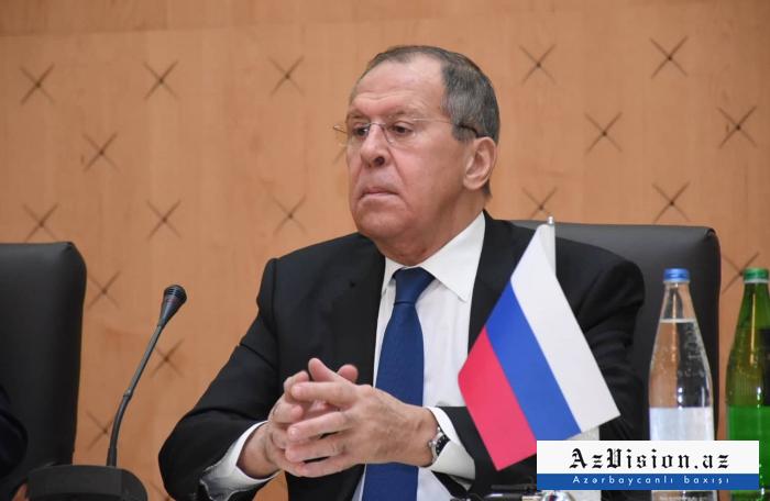 "Lavrov dice ""no"" a Pashinián desde Bakú"