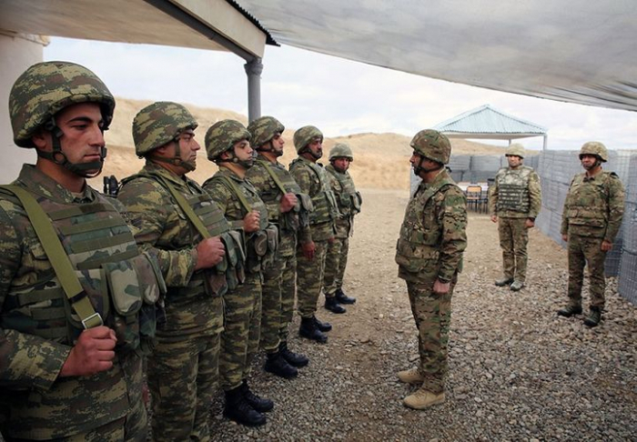 Defense Minister visits military units in frontline zone -  VIDEO