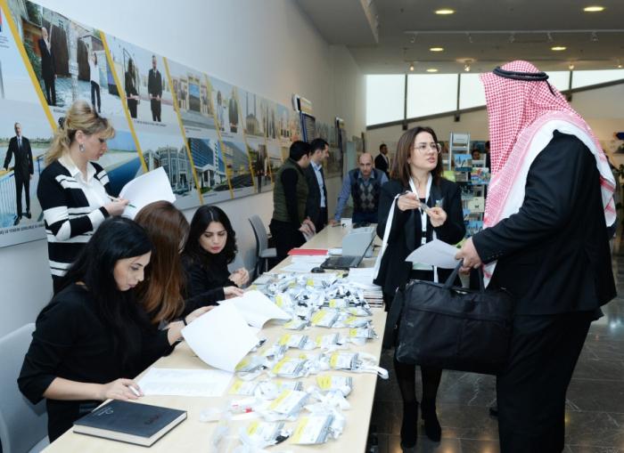 Reunión de negocios entre Azerbaiyán y Arabia Saudita