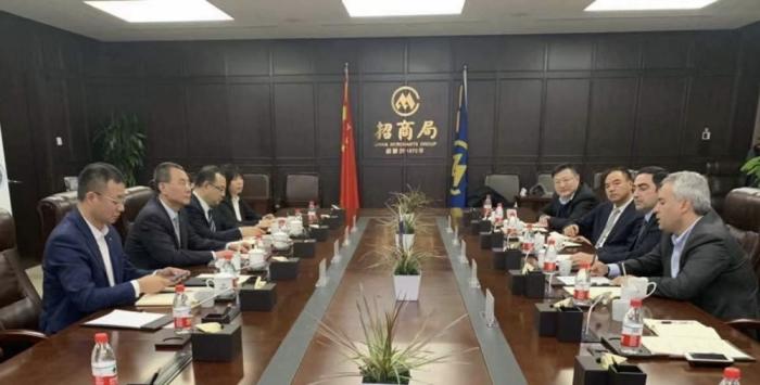 Azerbaiyán y China discuten los temas de asociación