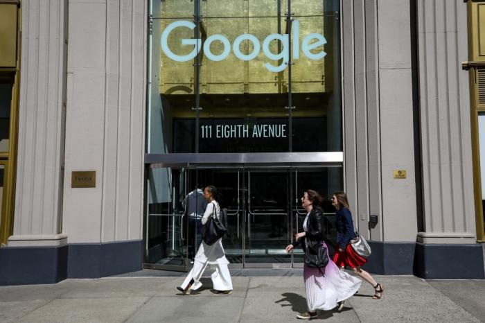 Google co-founders step down as Pichai named Alphabet CEO