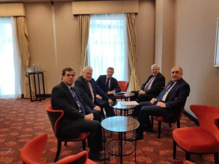 Meeting between Azerbaijani FM, OSCE MG co-chairs kicks off