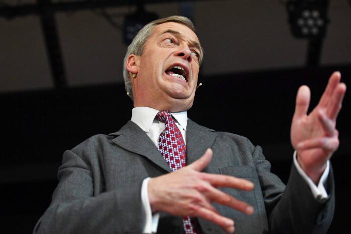 Farage cede paso a los 'tories' y se desinfla