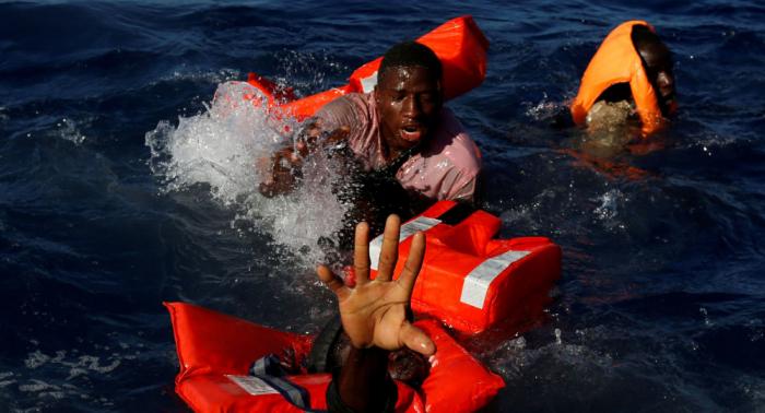 Sánchez pide a la comunidad internacional actuar con urgencia tras la muerte de 57 migrantes