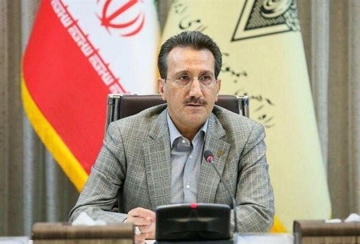 Leiter der iranischen Eisenbahnen kommt in Aserbaidschan an