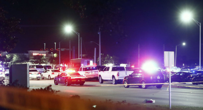 Un tiroteo en Florida deja múltiples víctimas tras asalto, robo y persecución
