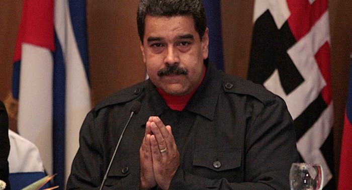 """Maduro pide desarrollar un """"poderoso"""" movimiento cristiano evangélico en Venezuela"""