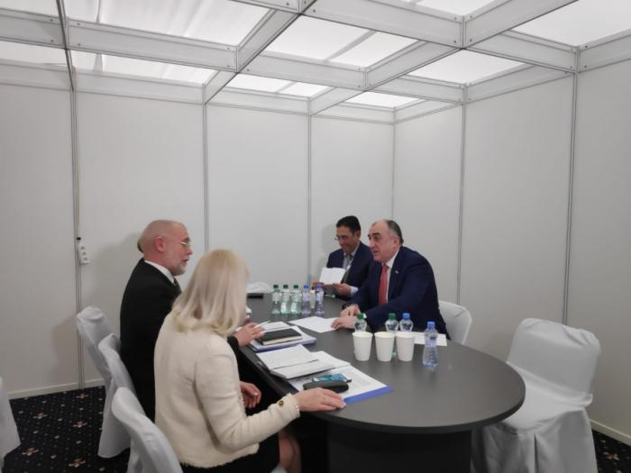Aserbaidschan und Finnland erörtern bilaterale Beziehungen