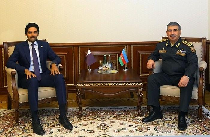 Azerbaijani defense minister meets incoming Qatari envoy