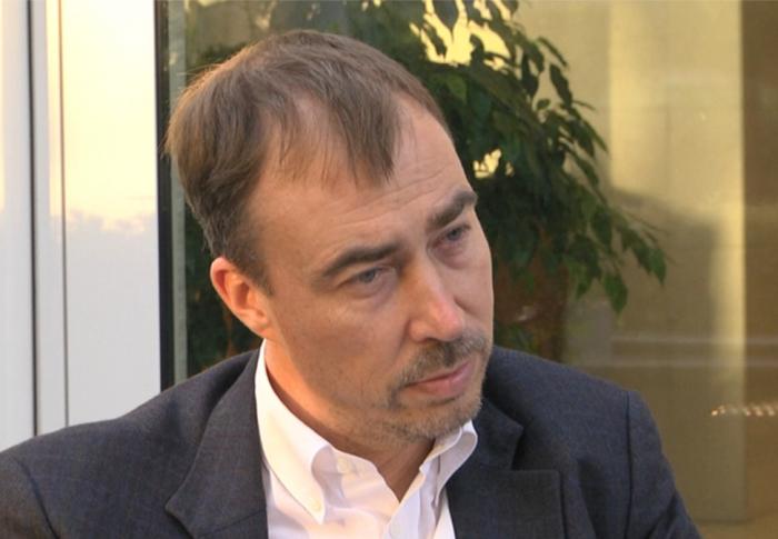 Toivo Klaar se reúne con los cancilleres de Azerbaiyán y Armenia