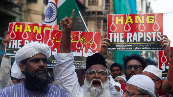 La Policía abate por intento de fuga a los cuatro hombres que violaron y calcinaron a la joven veterinaria en la India