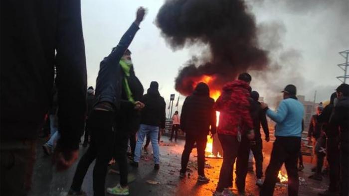 EE.UU. eleva a mil los muertos en las protestas en Irán