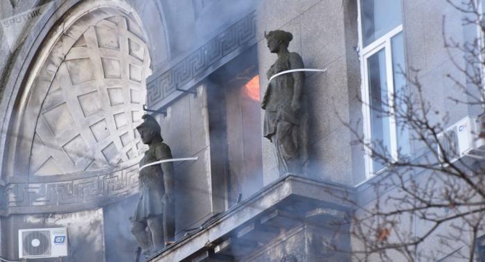 Aumenta a 8 el número de muertos en el incendio en un instituto en Ucrania