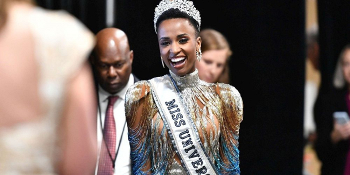 Miss Afrique du Sud couronnée Miss Univers 2019, Maëva Coucke dans le top 10
