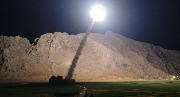 Cuatro misiles alcanzan una base militar cerca del aeropuerto internacional de Bagdad
