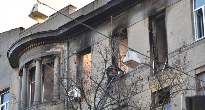 Se eleva a 12 la cifra de muertos en el incendio de un instituto en el sur de Ucrania