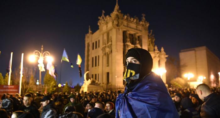 Proteste wegen Gipfels im Normandie-Format:  Demonstrierende bauen Zeltlager in Kiew auf