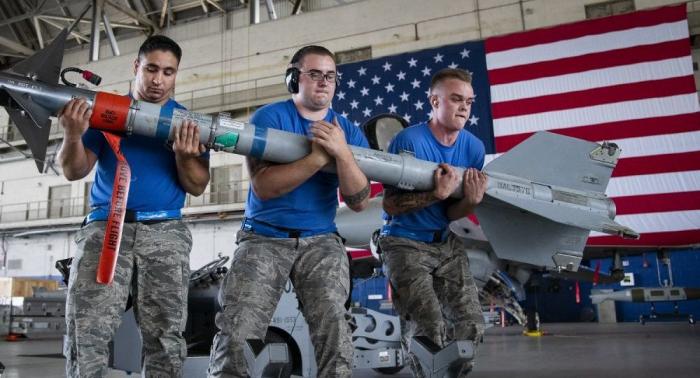 Sipri-Bericht:   Waffenexporte steigen weltweit - USA dominieren den Markt mit großem Abstand