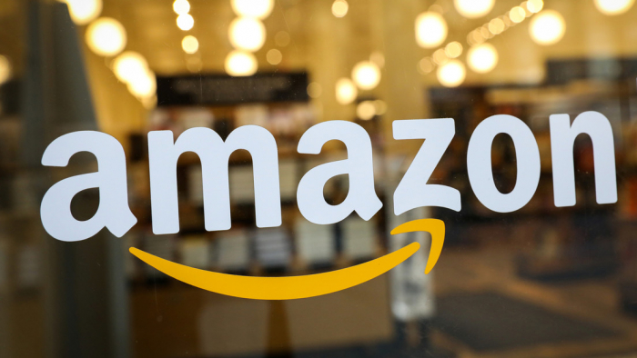 """Amazon denuncia que la   """"vendetta personal de Trump""""   le costó un millonario contrato que el Pentágono otorgó a Microsoft"""