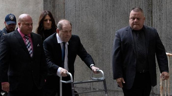 Weinstein macht Klägern Angebot