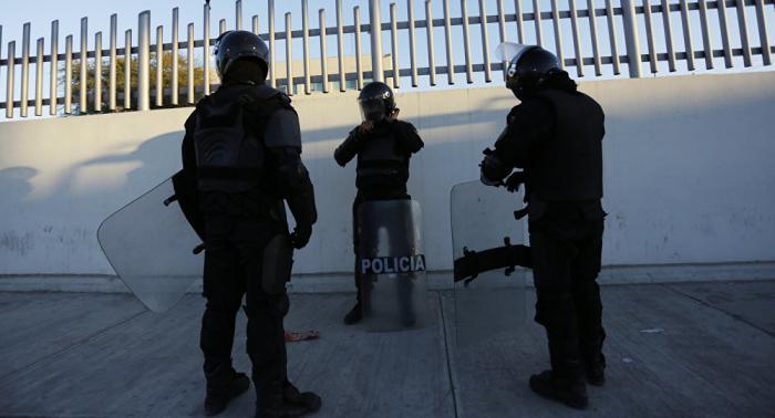 Tres policías asesinados y cuatro secuestrados en ataque armado en el centro de México