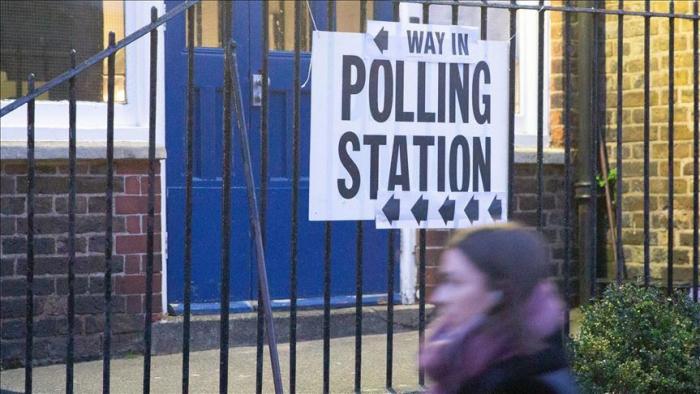 Elections britanniques:   Un sondage de sortie des urnes prédit la victoire des conservateurs