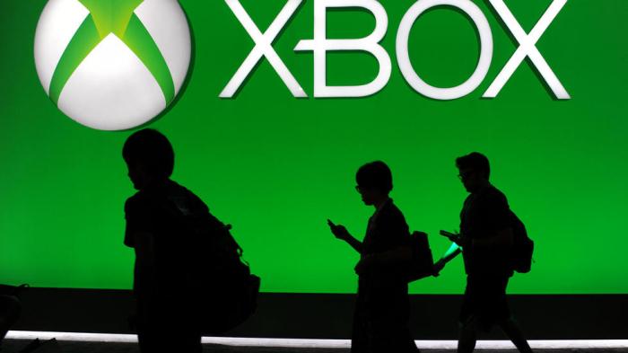 Microsoft unveils Xbox SeriesX as console war heats up