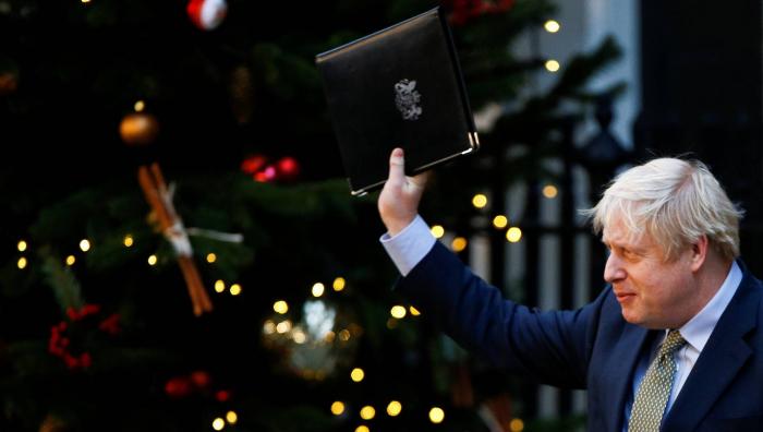 Johnson encarrila el Brexit, pero afronta graves retos territoriales