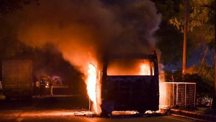 Delhi sees violent clashes over citizenship law, CM Kejriwal calls for peaceful protests