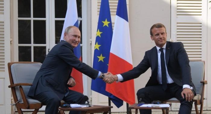 Botschafterin:   Macron kommt zu 75-Jahr-Siegesfeier nach Moskau